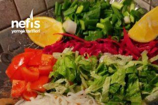 Balık Yanına Salata Tarifi