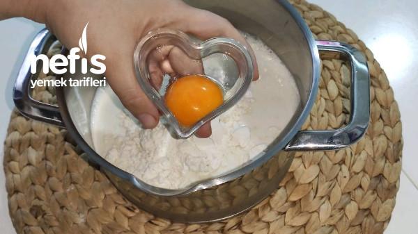 Bir Tepsi Dolusu Efsane Malaga Pasta (Videolu)