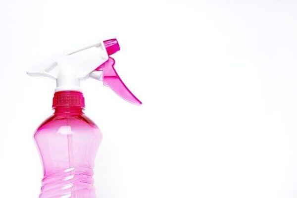 Çamaşır Suyu Lekesini Çıkarmanın Basit Yolu Tarifi