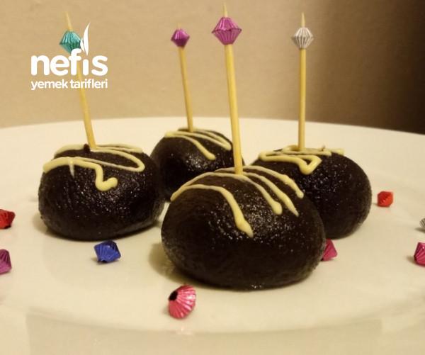 Çikolatalı Kek Topları