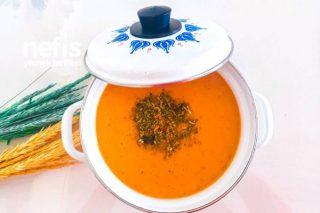 Klasik Mercimek Çorbası Tarifi