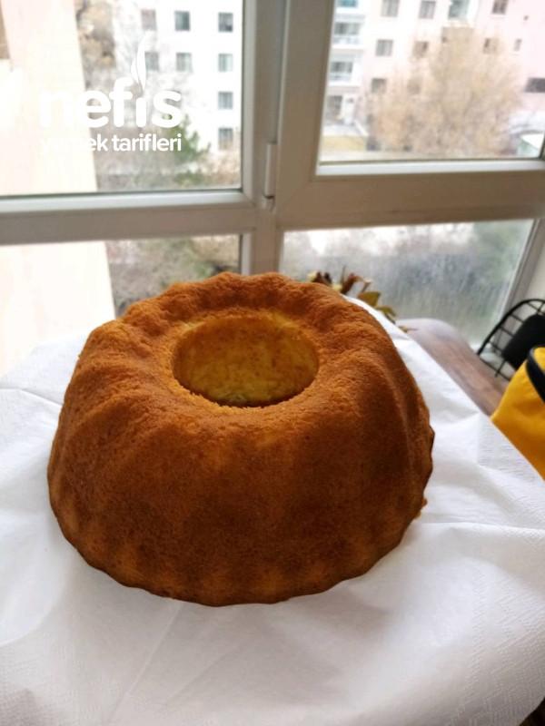 Pamuk Gibi Yumuşacık Kek