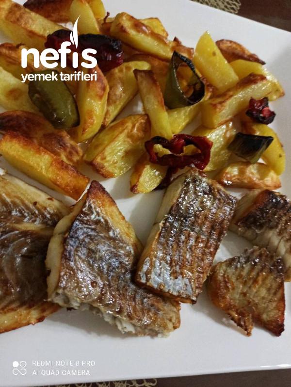 Patatesle Birlikte Fırında Mezgit Fileto