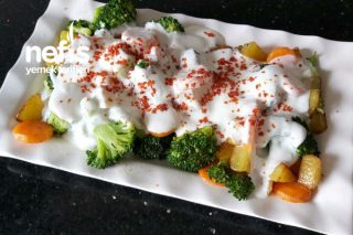 Brokoli Salatası Bu Salatayı Yiyen Yemeye Doyamıyor (Videolu) Tarifi