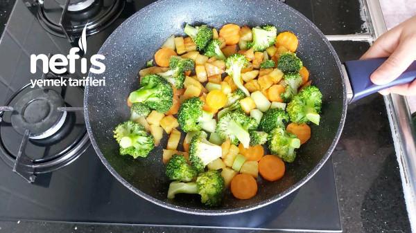 Brokoli Salatası Bu Salatayı Yiyen Yemeye Doyamıyor ( videolu )