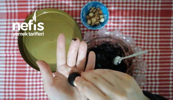 Sağlıklı Bitter Çikolata (4 Malzeme İle, Videolu)