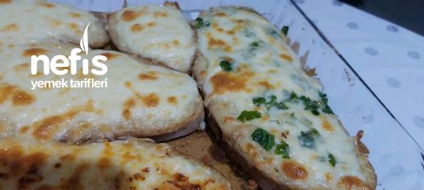Kahvaltıya Yoğurtlu Ekmek Dilimleri