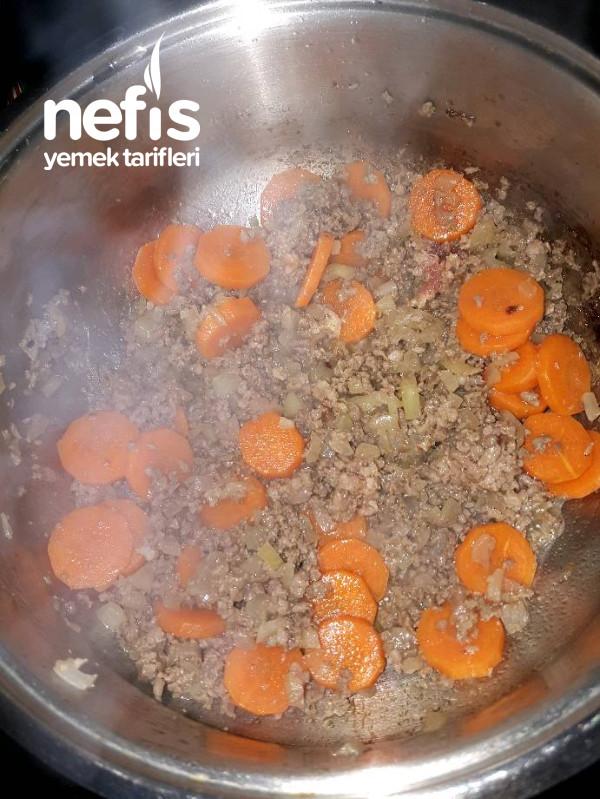 Havuçlu Patatesli Kıyma Yemeği
