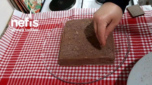 Fırın Kullanmadan 3 Malzemeyle Yaş Pasta