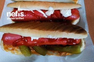 Parmak Isırtan Sosisli Sandviç(Büfe Usulü) Tarifi