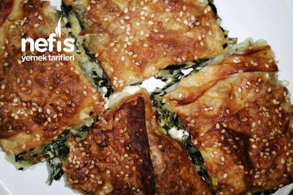 Otlu Peynirli Tepsi Böreği Hazır Yufkadan Çıtır Çıtır