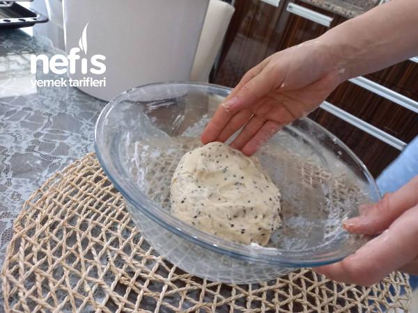 Çörek Otlu Tek Lokmalık Kurabiye