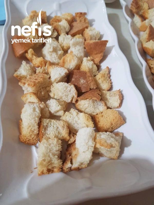 Köfte Kebap(bayat Ekmekleri Değerlendirmenin En Leziz Hali)