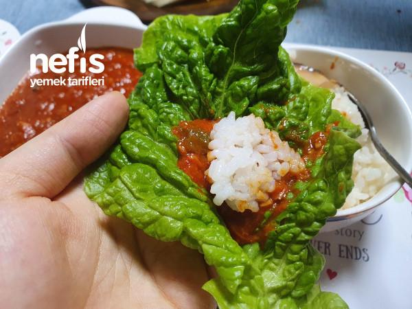 Ton Balıklı Kore Yemeği (Sambap)