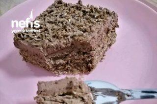 3 Malzemeyle Yaş Pasta (Fırın Kullanmadan) Tarifi