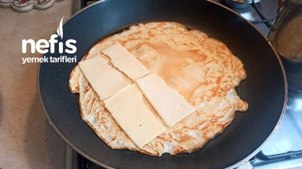 Kahvaltıya Hazırlayabileceğiniz Çok Basit Krep Tarifi
