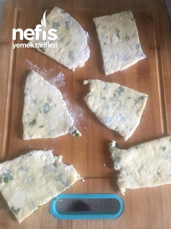 Peynirli Maydanozlu Hamur Kızartması
