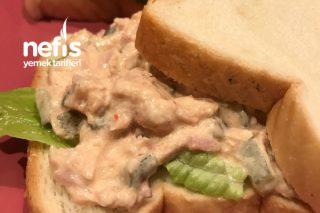Ton Balıklı Sandviç (Pratik Ve Doyurucu Bir Lezzet) Tarifi