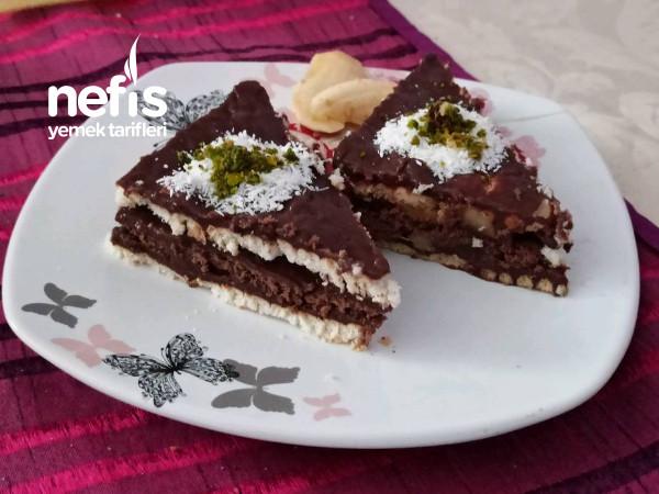 Yaş Pasta Lezzetinde, muzlu Bisküvili,Pasta