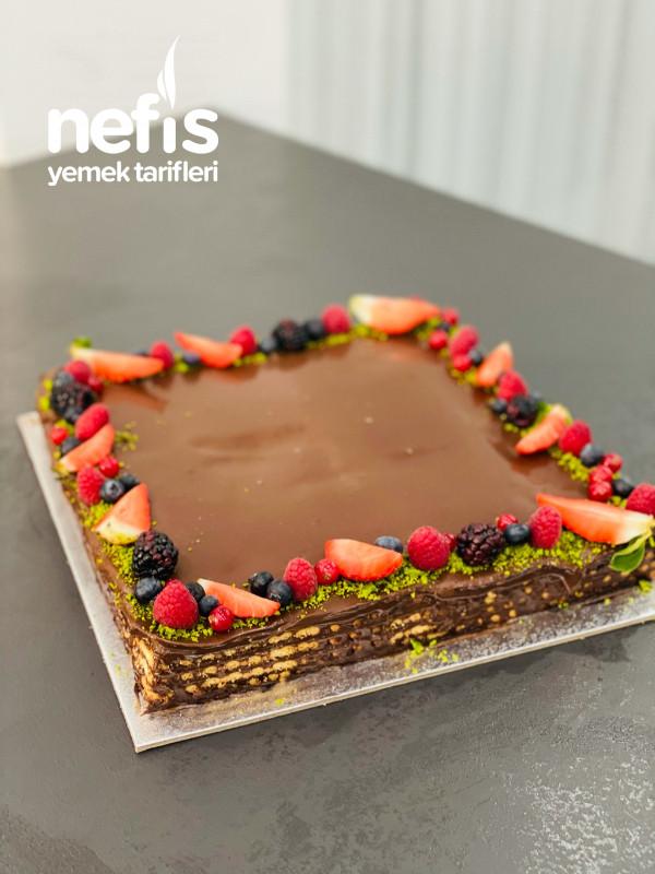 Bisküvili Çikolatalı Pasta