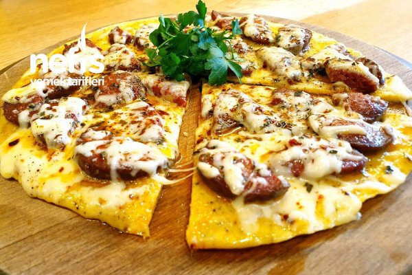 Kahvaltı İçin 10 Dakikada Mis Gibi Sucuklu Omlet Pizza