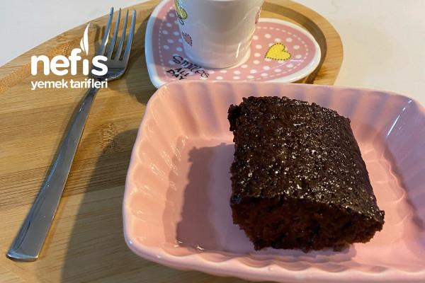 Brownie Tadında Kolay Islak Kek Tarifi