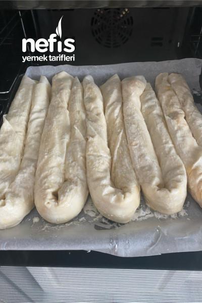 El Açması Sanılan Pırasalı Börek