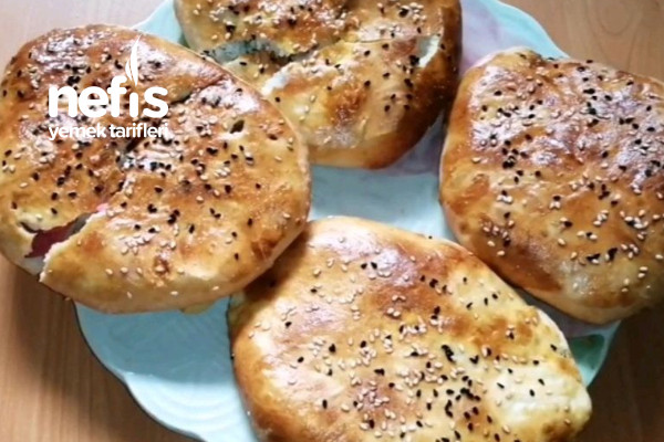 Kahvaltılık Pideler Hazır Ekmek Hamurundan