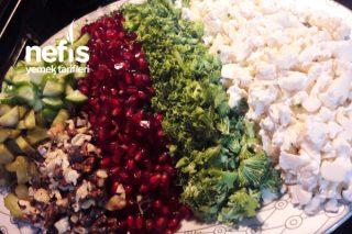 Karnabaharlı Brokolili Karışık Salatam Tarifi
