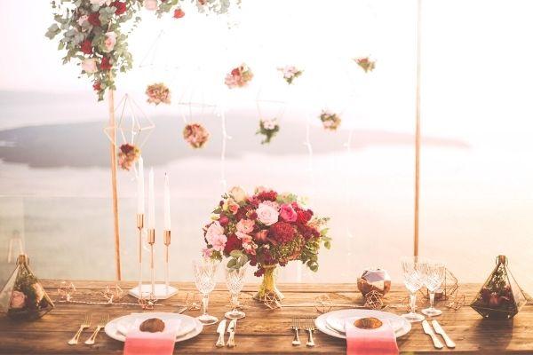 Sevgiliye Romantik Yemek Masası Hazırlama Tarifi