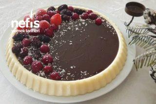 Tart Kalıbında Çikolata Soslu İrmikli Tatlı (Videolu) Tarifi
