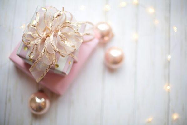 sevgililer günü hediyeleri kadın