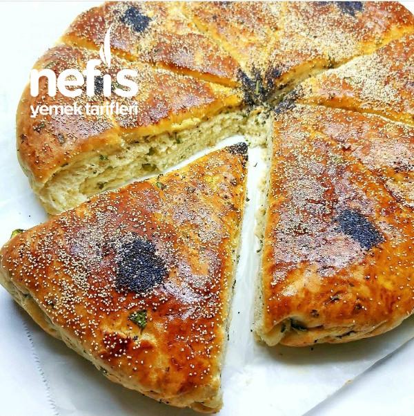 Yumuşacık Peynirli Sütlü Ekmek