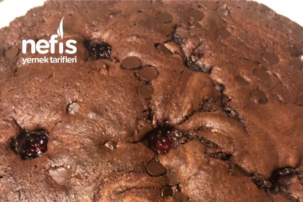 Böğürtlenli Ve Çikolatalı Kek Tarifi