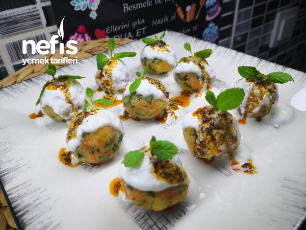 Misafir Masalarınızı Süsleyecek Havuçlu Patates Topları