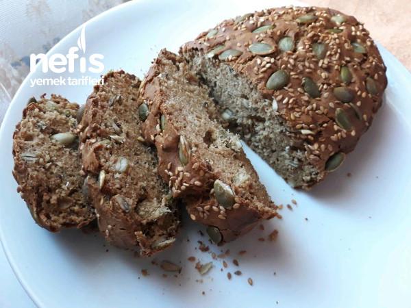 Tahıllı Karabuğdağ Ekmeği