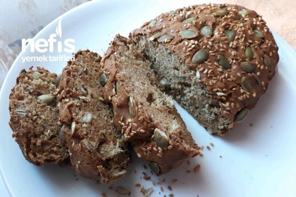 Tahıllı Karabuğday Ekmeği