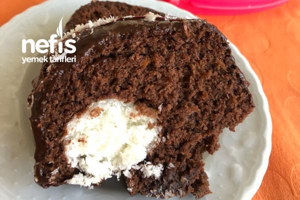 Kakaolu Sürpriz Kek Tarifi