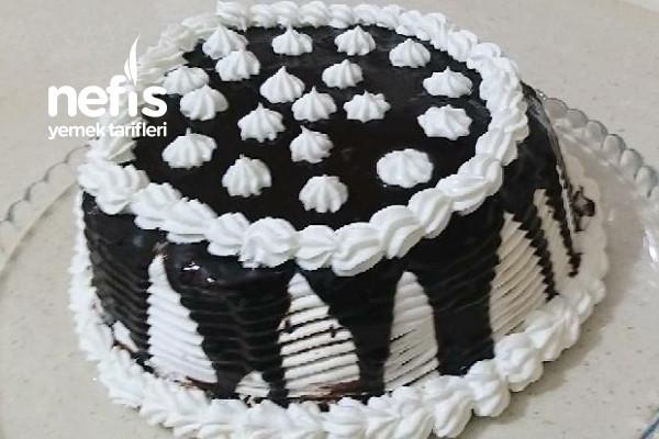 Tencerede Bisküvili Kolay Yaş Pasta (Videolu) Tarifi
