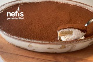 5 Dakikada Hazırlayabileceğiniz En Lezzetli Kaşık Pastası (Videolu) Tarifi