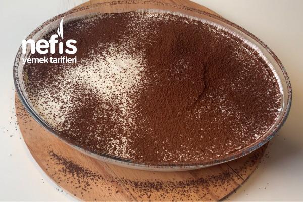 5 Dakikada Hazırlayabileceğiniz En Lezzetli Kaşık Pastası (Videolu)