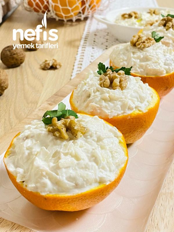 Portakal Çanağında Yoğurtlu Kereviz Salatası