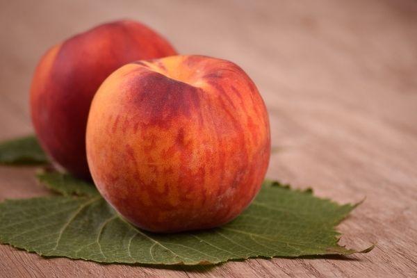 Şeftali Kaç Kalori? Besin Değerleri, Diyette Yenir Mi? Tarifi
