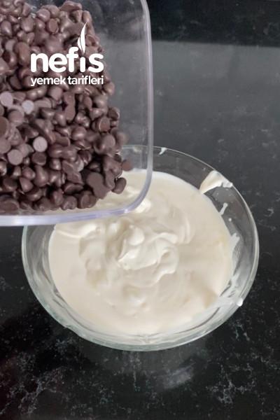 Çikolata Soslu Muzlu Rulo