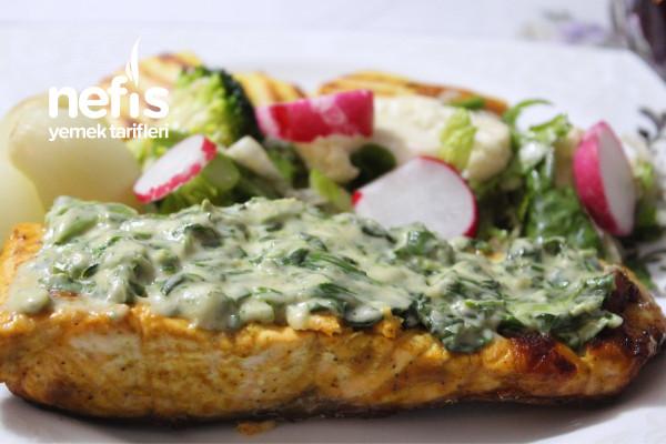 Ispanak Soslu Somon Balığı