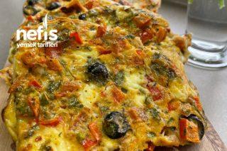 Fırında Bayat Ekmekli Pizza Tarifi