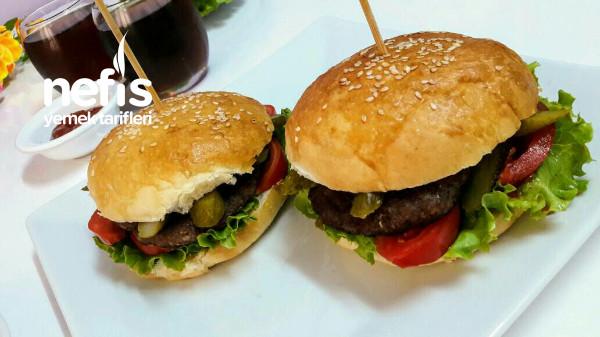 Ev Yapımı Hamburger Orjinal (Ekmek Ve Köftesi)
