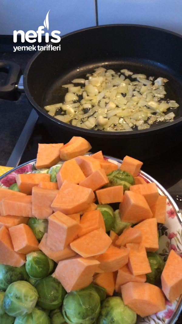 Tatlı Patatesli Brüksel Lahanası Yemeği