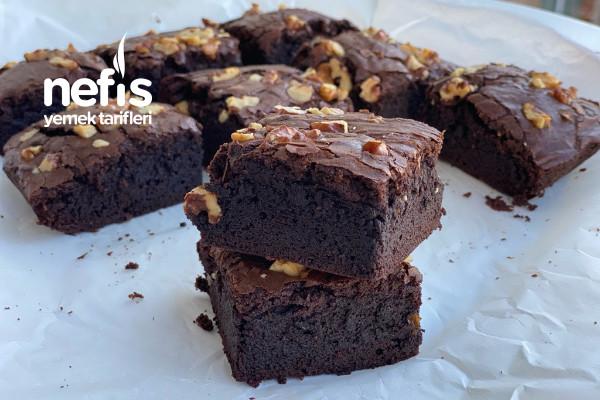 Cevizli Bol Çikolatalı Brownie
