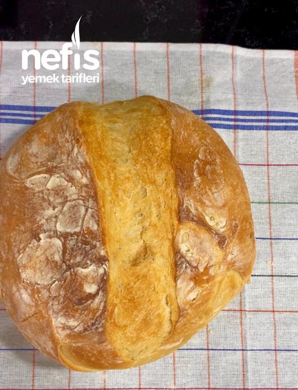 Döküm Tencerede Ekmek
